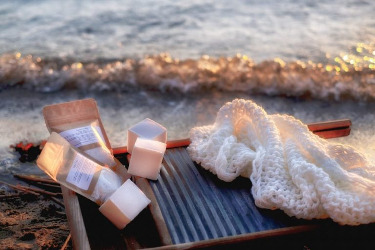 saaren-taika-pyykkisaippua-pyykkiraaste-ekologinen-11-1-1024x682