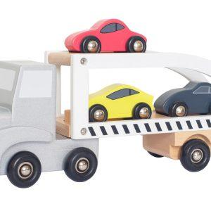 traileri puuauto